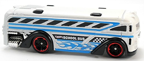 Surfin%u2019-School-Bus-x