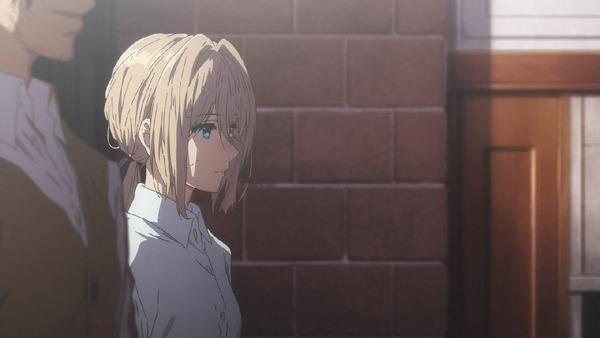 「ヴァイオレット・エヴァーガーデン」2話 (6)