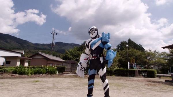「仮面ライダービルド」7話 (37)