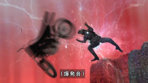 「仮面ライダービルド」1話 (75)