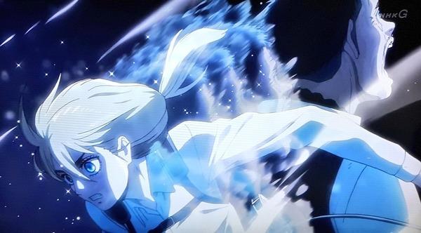 「進撃の巨人 Season3」(3期 9話)46話感想 真の王として、娘として、ヒストリアがピリオドを打つ!超大型以上のロッド巨人を狩れ!!(画像)