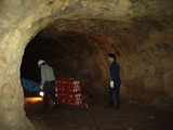 地球回廊内、洞窟熟成酒
