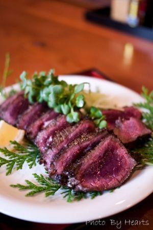 【モンハン】鹿のレア焼きローストは人生で食べた美味しい物のベスト1だな