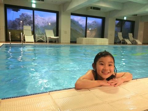 グランフェニックスのプール