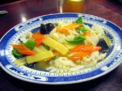 上海料理 金国 いかと野菜の塩味炒め
