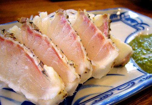エノキ屋 鯛のたたき 特製にんにくタレ