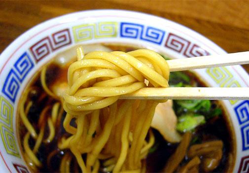 中華そば ○丈 中華そば(麺アップ)