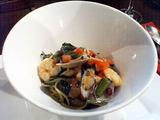 comuso 小海老とあさり空芯菜とフレッシュトマトのタリオリーニ