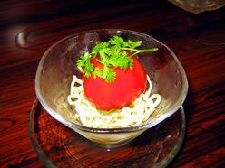 酒中花 空心 干し豆腐とトマトの和え物