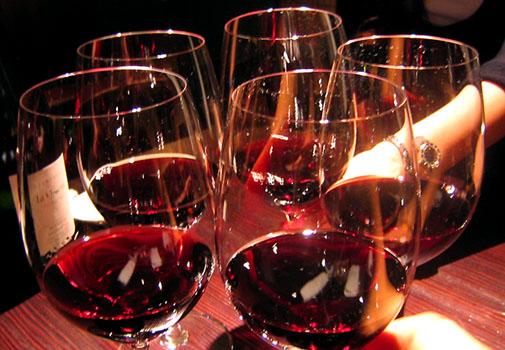 わいんやひとみ 赤ワインで乾杯♪