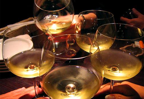 わいんやひとみ 白ワインで乾杯♪