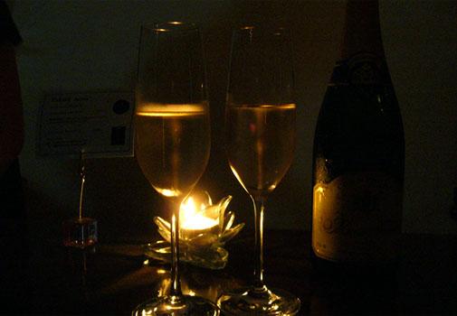 Champagne Bar Porte(シャンパンバー ポルトゥ)