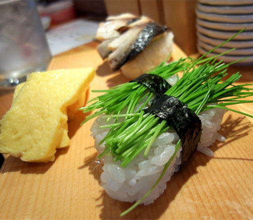 立ち喰い寿司 ふく 京芽ねぎ&炙りさば&玉子