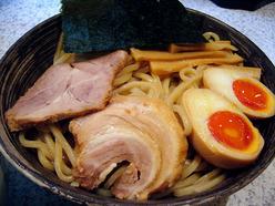 らぁめん たむら 豚骨魚介ベース つけ麺(麺&具材)