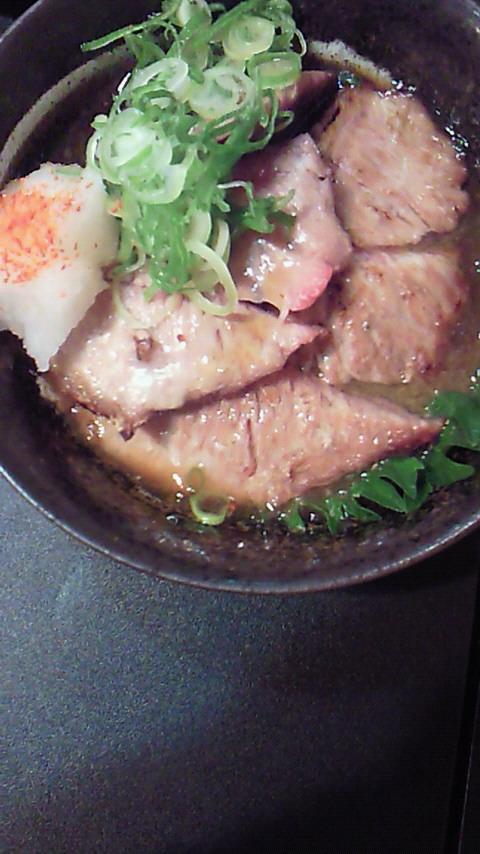 マグロのほほ肉