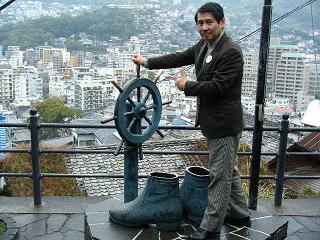 130317長崎龍馬のブーツ像