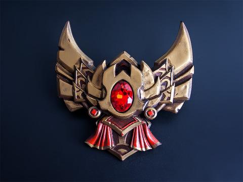 league_of_legends_gold_badge_pin_by_blackmaskedfox-da1z6uo