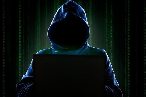 Hooded-Hacker