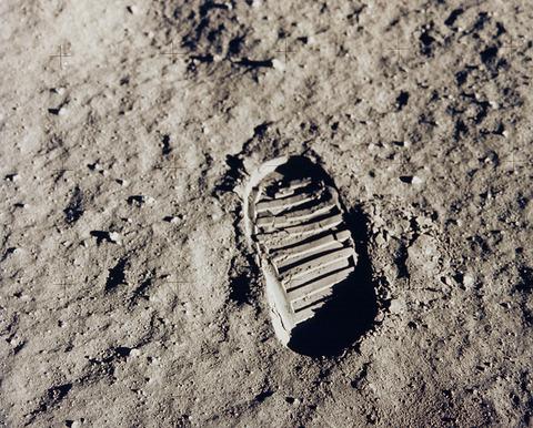 【宇宙】45年以上人類が月面に足を踏み入れてこなかった理由とは?