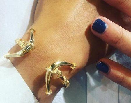 MIA's Luxury Doppia Ancora gold