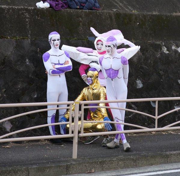 箱根駅伝、7区二宮で今年もフリーザ様がご降臨なされました。ゴールデンフリーザ・五郎丸、本能寺の変などネタ満載のフリーザ様 2016!!さっそくご覧ください。