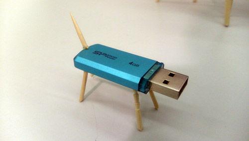USBフラッシュメモリ子