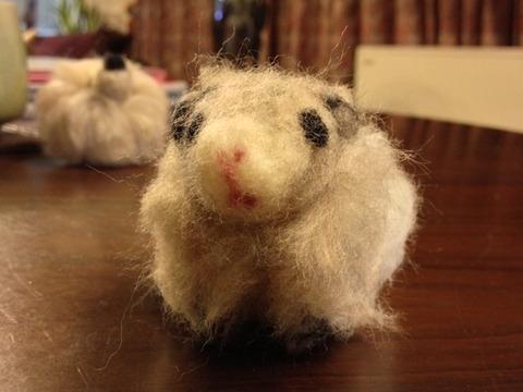 羊毛フェルトに初挑戦! モルモットも作ってみたよ☆