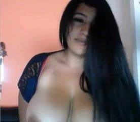 【TINA ぽっちゃり・デブ動画】爆乳セクシー姉さんの自慰行為!色気むんむんの雰囲気がすごい!Big Busty Sexy Latina