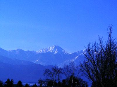 梓川からの風景。今年も山に登りたいな。