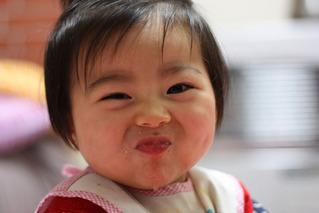 絢子イチゴ食べる090203-7