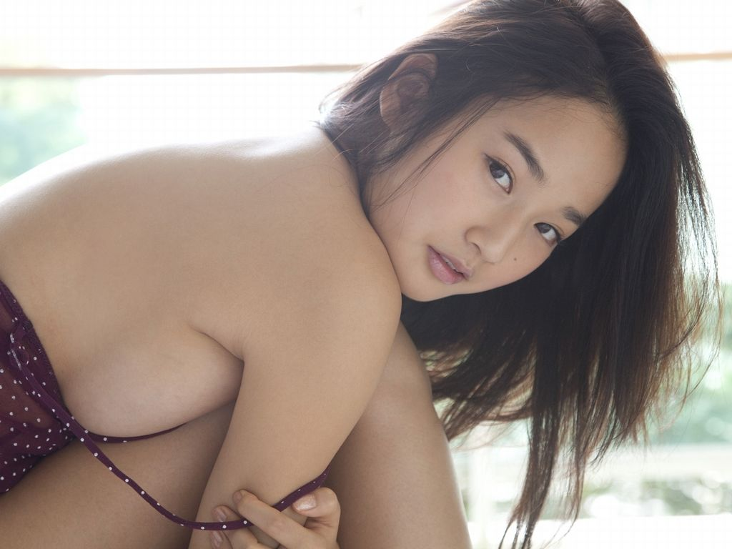 高嶋香帆の流失した画像(プリクラ写真)や動画が見たい!イメージビデオ(sea girl☆)もいいけど、掲示板でゲットしよっ!画像0