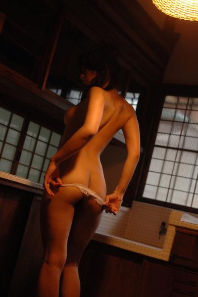 http://honeesansokuhou.blog.fc2.com/