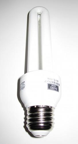 ダイソー 電球型蛍光灯 2
