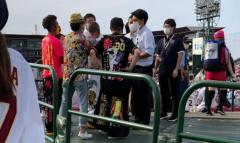 楽天対阪神戦を大声出して応援…注意した球団職員に暴行した疑いで韓国籍の男逮捕