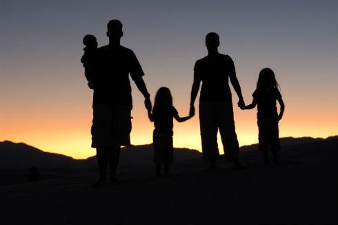 「家族はお互い干渉しない方がいい」と感じる人は約6割。ここ10年で1割増加・・・