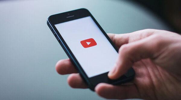 YouTube広告「広告終了まで3…2…」 ワイ「お、もうすぐやな」