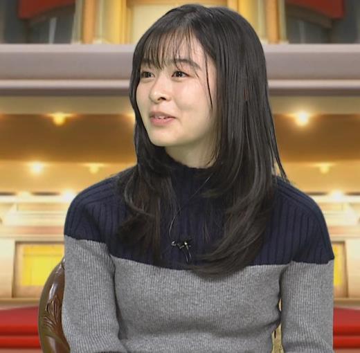 森七菜 ニット微乳