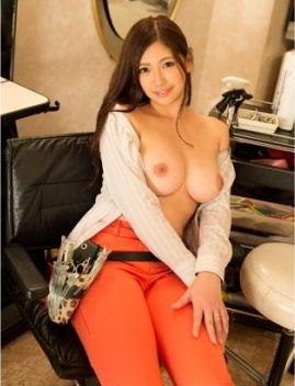 【ドスケベ女子】美人で巨乳な理容師に強制種付け中出しSEX「新村かよ」画像!
