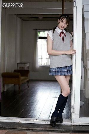 長い手足で色白な高身長美少女!星宮一花ちゃんはAV女優なんすよwww