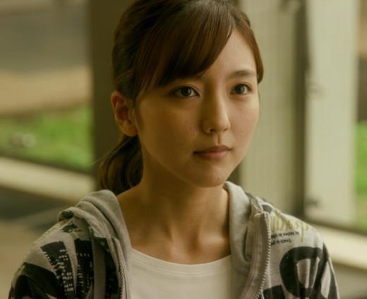 真野恵里菜 Tシャツおっぱいがエロい 「相棒」
