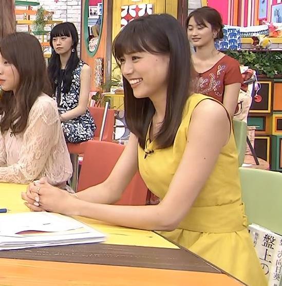 笹川友里アナ ノースリーブの白くてきれいな腕