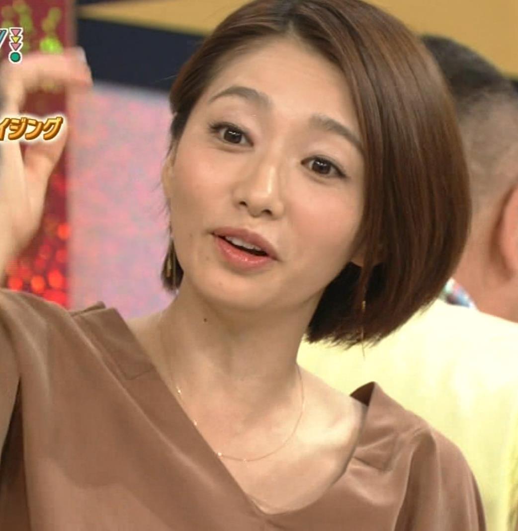 眞鍋かをり NHK『ガッテン!』の実験で胸元チラ