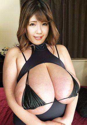 優木いおりの超乳がエロマンガ超えのサイズがパイズリと搾乳手コキがしゅごいwww