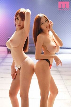 【神スタイル】Hカップ&Jカップ!くびれ爆乳女子との夢のような3Pセクロス画像はこちらですwww