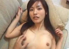 【鮎川なお】スタイル抜群のHなカラダ!美乳を見せつける女の子!