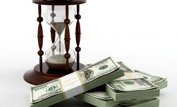 本当に欲しいのは「お金と時間」どっち!?究極の選択の結果は・・・・
