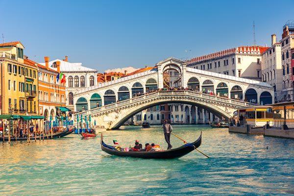 イタリア旅行に行ったらナンパされまくった体験漫画が話題に! ありえない所でめっちゃ声かけられてるwwww