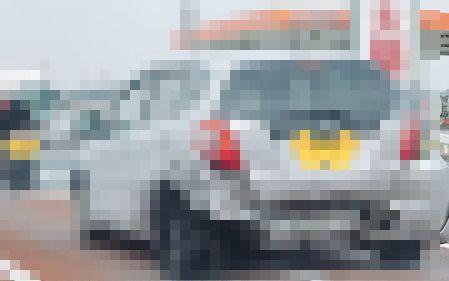 【!?】「後ろからドコドコ音がする車が近づいてくるな~」と見る → まじでやばすぎる車が走ってた・・・