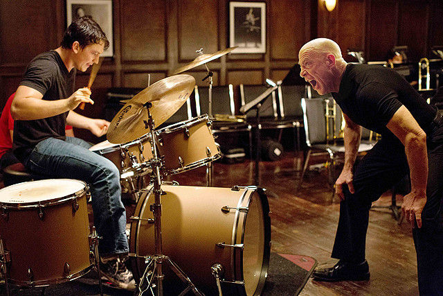 演奏会で暴走してドラムソロを続けビンタされた学生「しかられて当然。今後もバンドに参加したい」