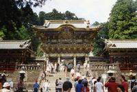 Nikko,_Yomei-mon_gate_(6215249650)